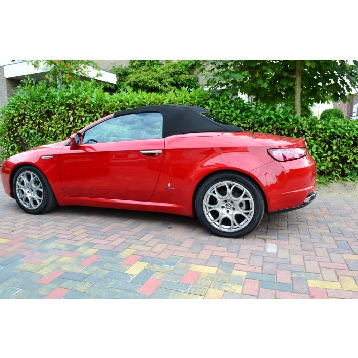 Alfa Romeo Spider Type 939 softtop