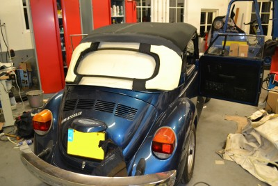 Montage softtop VW Kever 1303
