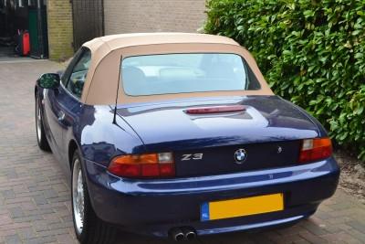 BMW Z3 softtop donker beige