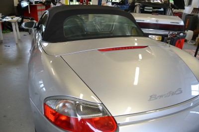 Porsche Boxster achterruit gebarsten